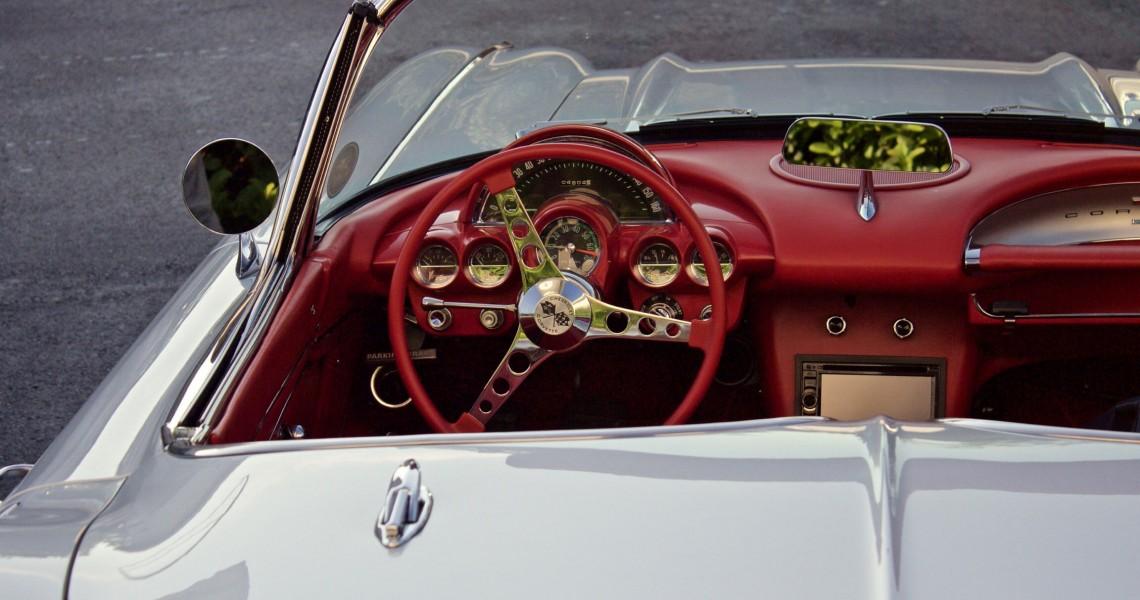 luxusní vozy aaa auto