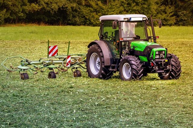 pneumatiky na zemědělské stroje